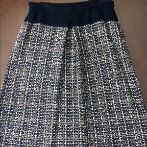 St. John Skirt with pockets!!❤️❤️